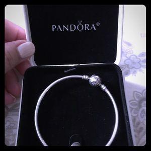 Pandora bangle bracelet-dainty bow-Limited edition